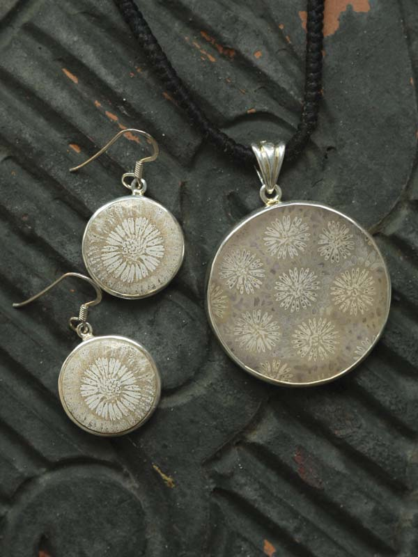 Circle Coral Ivory Earrings