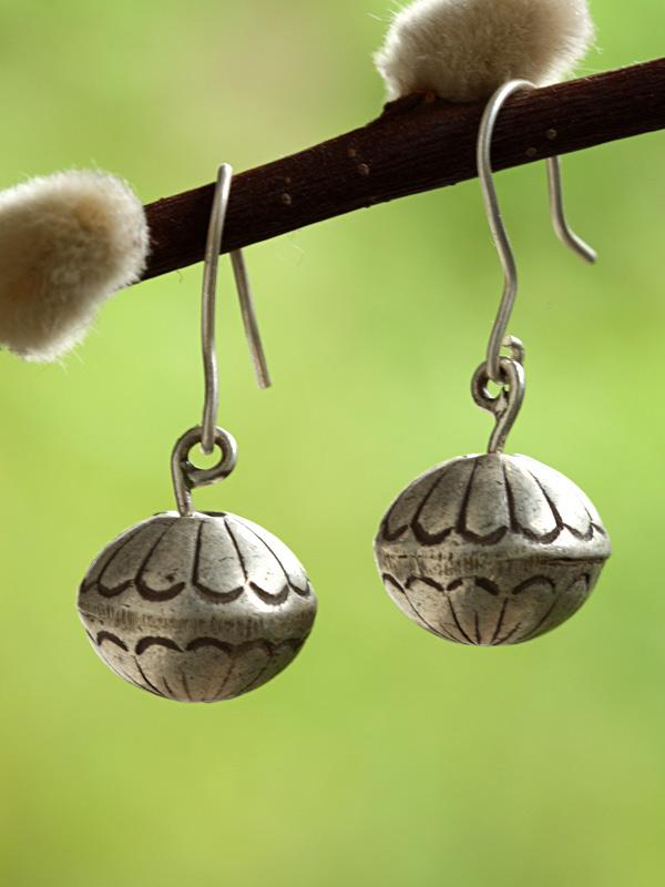 Silver Buds
