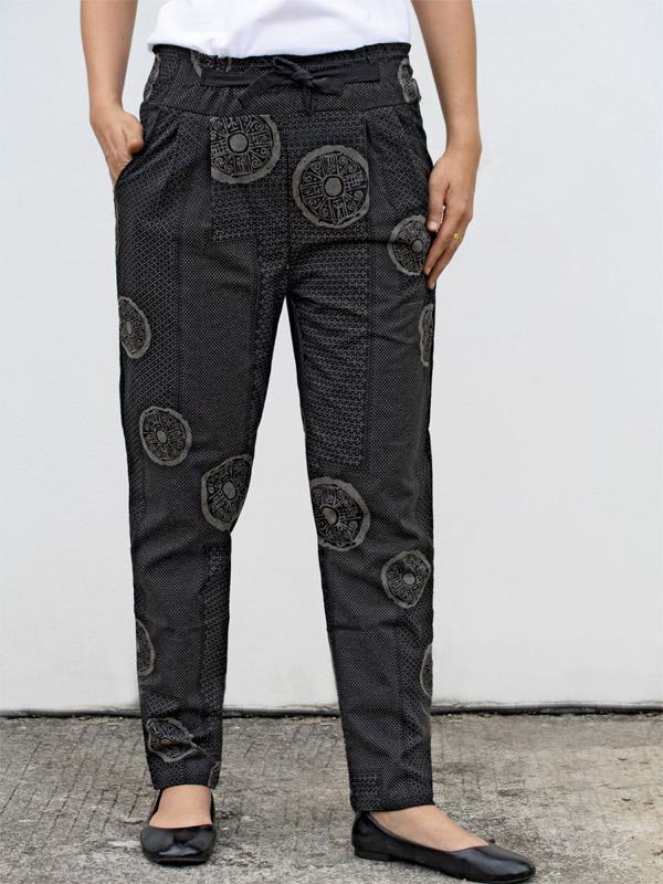 Black Large Pattern