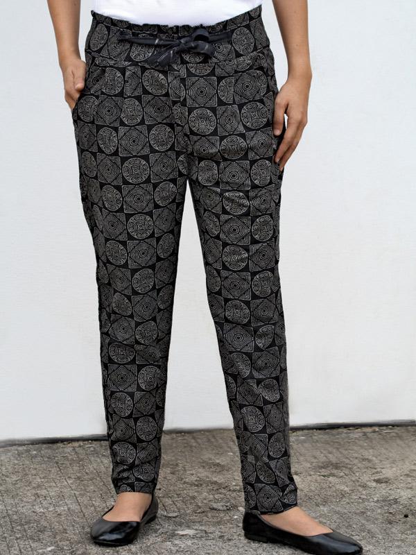 Black Small Pattern