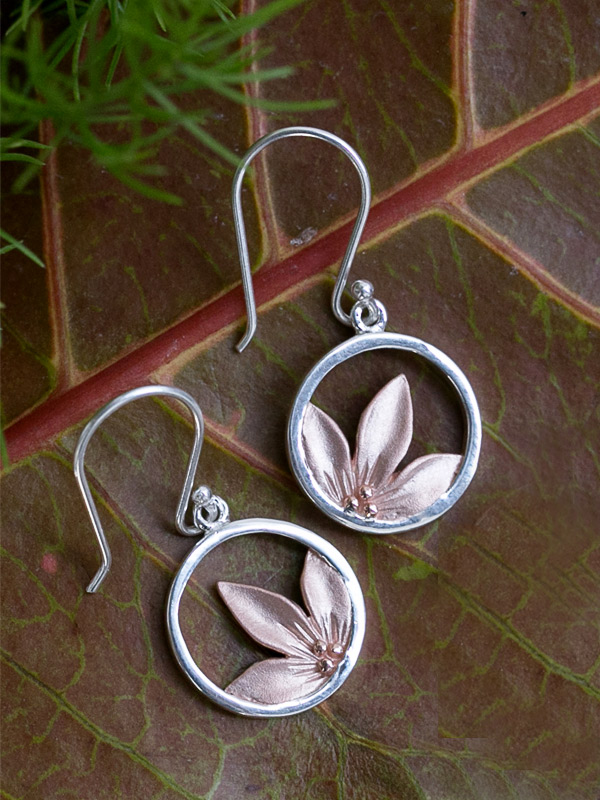 Lily Earring