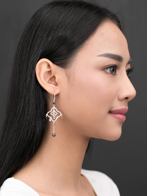 Quatra Earrrings