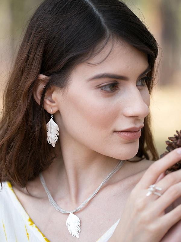Paloma Earring