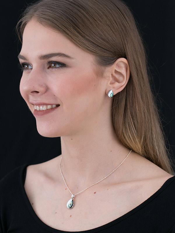 Shell Drops Earrings