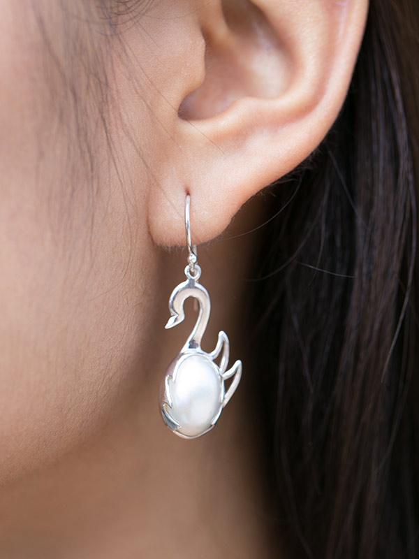 Swan Pearl Earrings