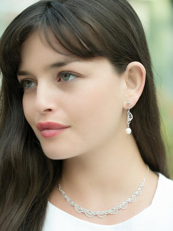 Rivienne Earrings