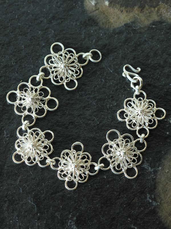 Chrysanthemum Floral Link Bracelet