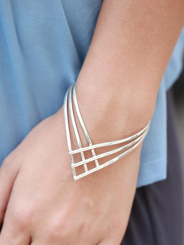 Icebreaker Bracelet