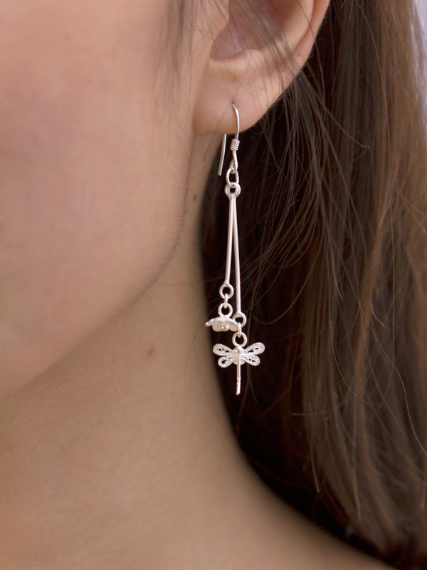 Dragonfly Pendula Earrings
