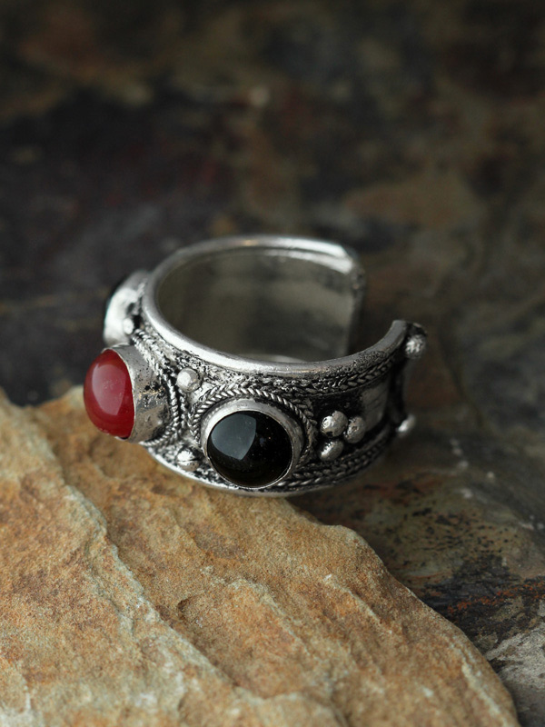 Knotted Stone Rings