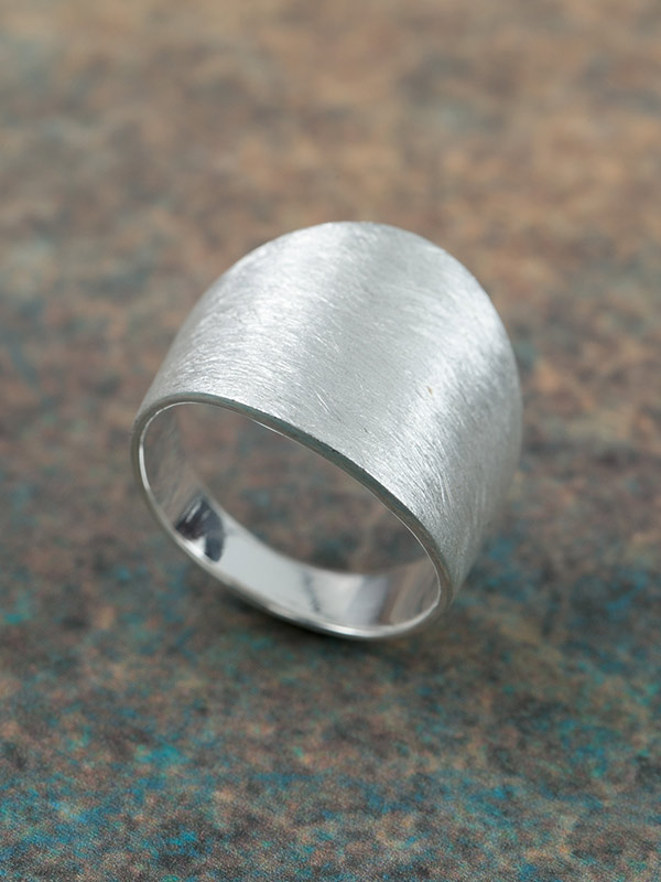 Steady Ring