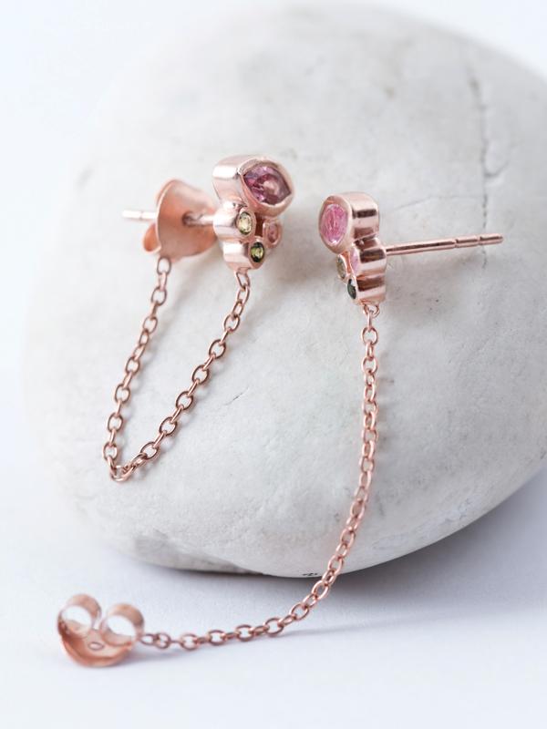 Rosas Chain Studs