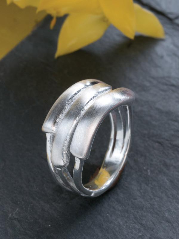 Tye Ring
