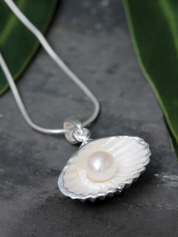 Half-Shell Pendant