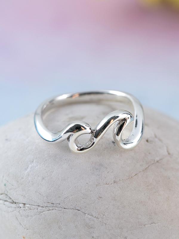 Riptide Ring