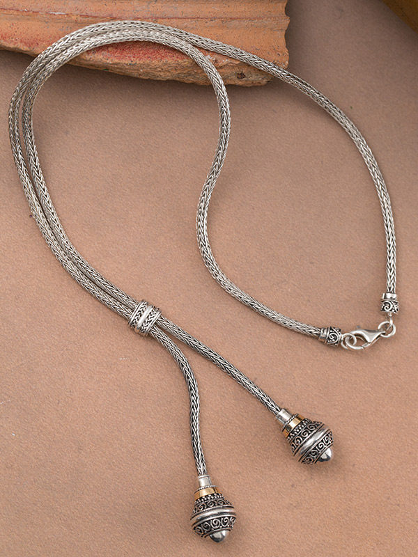 Claque Necklace