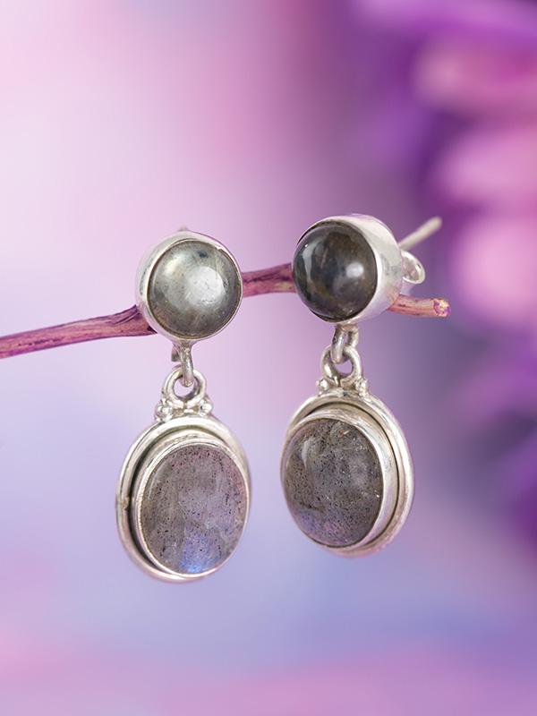 Nighteye Earrings