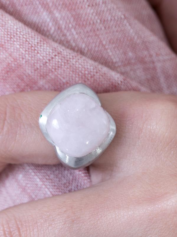 Rosette Ring