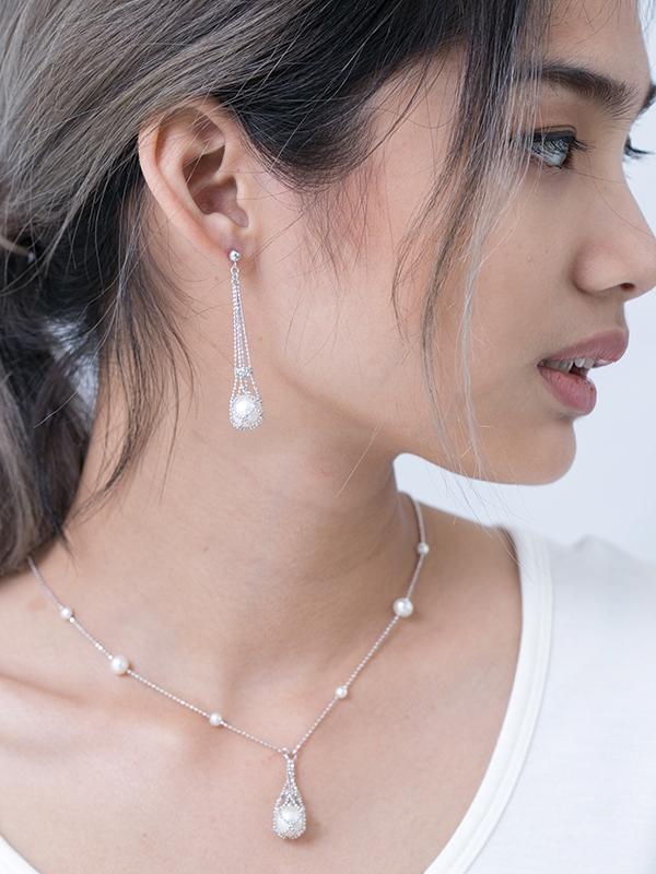 Pearl Sling Jewelry