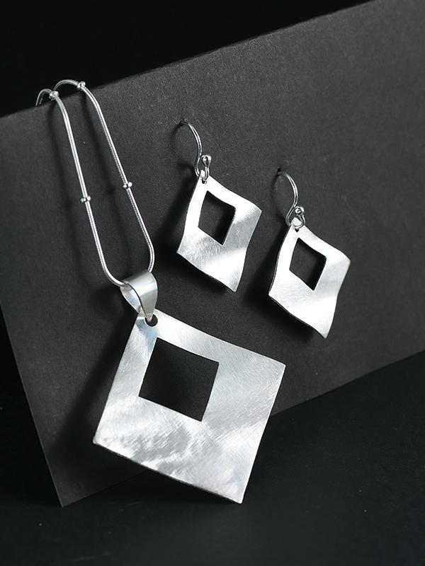 Keyhole Jewelry